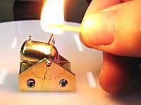 親指サイズのミニ大砲に照準器がついて命中精度up!本物の破壊力バンバン