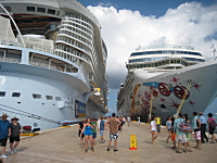世界最大の豪華客船の内部はこうなっている!アリュール・オブ・ザ・シーズ。