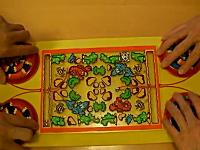 昭和のレトロボードゲーム「サイドワインダー」の面白さが異常!という動画が人気