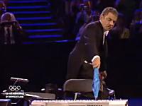 ロンドンオリンピック開幕式で一番盛り上がった瞬間。「ミスタービーン登場」