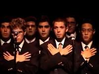 アカペラでQueenの名曲「ボヘミアン・ラプソディ」歌うグループが素敵で大盛り上がり