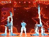 中国のアクロバティックな組体操凄すぎワロタwww 中国だけ重力が弱いのかも