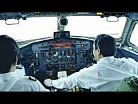 ワイパー早いww羽田空港から飛び立つYS-11のコクピット映像