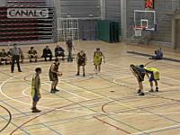 バスケの試合でひどい勘違いをしている一人の選手の映像が話題www