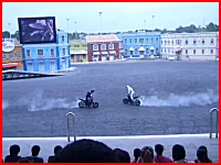 大勢の観客の目の前でスタントマンがぶっ飛ぶ事故。ブラジルのベトカヘーロ
