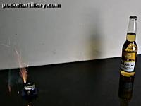 海外のアマゾンで売られているミニ大砲(29ドル)の威力。ちょっと欲しい。