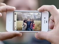 アップルiPhone4sを発表。紹介動画。日本ではauとSoftBankから14日に発売