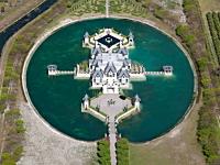 美しいお堀に囲まれた世界のお城19選(画像30枚)バングラデシュが凄い。