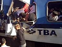 死者49人負傷者600人以上を出した列車衝突事故の事故直後の現場の様子