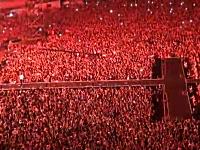 PSYが本場韓国でコンサートを開くと盛り上がりがハンパない事になる映像。
