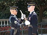 「無名戦士の墓」の護衛兵交代の儀式がなんか凄い。アーリントン国立墓地