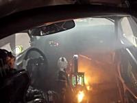足元から出火してもギリギリまでレースを続けるケン・ブロックさん。Rally-X