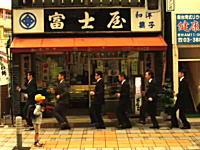 作詞作曲:須藤元気の音楽PVが世界中の動画サイトに転載される人気っぷり