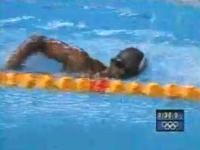 水泳100m自由形で溺れそうになるギニアの選手 シドニー五輪