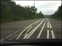 ちょwwwww適当すぐるwwwwwロシアの嫌がらせのような道路が酷い