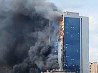 トルコで起きた高層ビル火災の映像がヤバい。42階建てのビルが燃えている