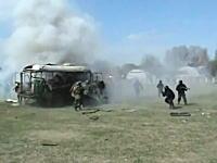 ロシアのSWATチームの訓練が危険。なぜ爆発した?これは火薬量ミスか?