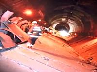 笹子トンネル崩落直後の内部の様子を消防隊が撮影していた。これは・・・。