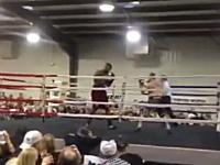 史上最低の八百長ボクシング。これは酷すぎるだろwパンチ当たってないw