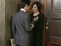 昼ドラみたい。幹事長室の前で離党を止めようとする美絵ちゃんがカワイイ。