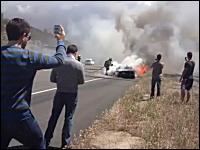 約3000万円のランボルギーニ・アヴェンタドールが高速道路で炎上w(゚o゚)w