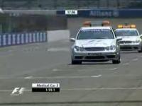 F1アメリカGPセイフティーカー VS メディカルカー