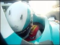 ブレーキングワロタwww一般人がF1マシンに乗るとこうなる動画。首がwww