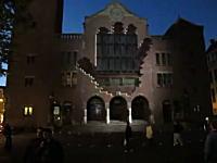 実際の建物に3Dの映像を重ねる技術が凄い。夢がひろがりんぐ(古い)