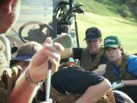 ゴルフ場が戦場だったらこんな感じ?という妄想を動画にしたら面白かった。