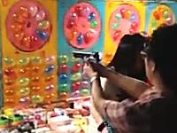 【台湾】射的が上手い1000mgさん動画。士林夜市で射的ゲームやったった。